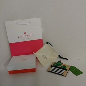 NEW Authentic kate♠spade card holder🔴FINAL MARK🔻